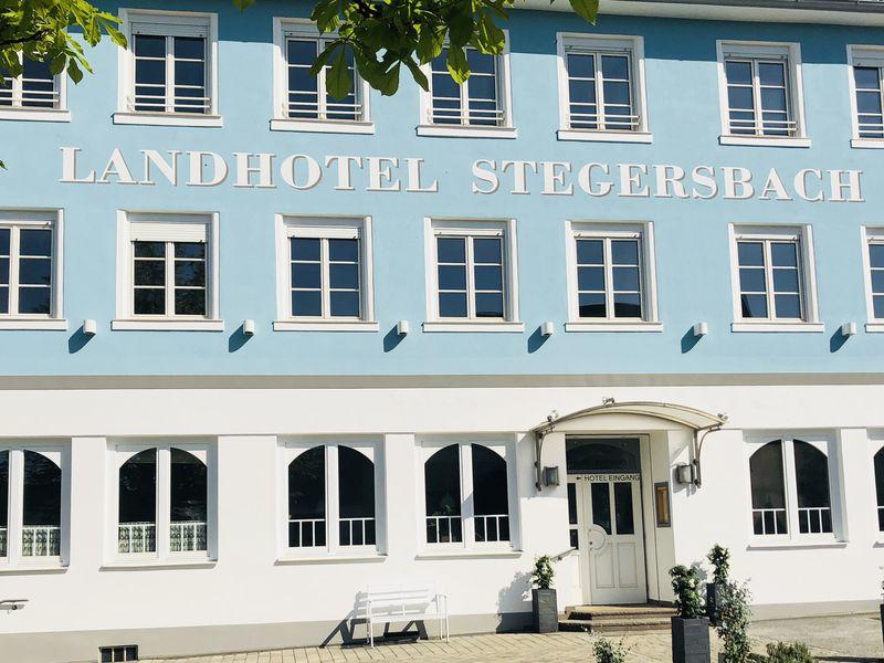 Wellnesshotel + - 4* Hotel im Reiters Resort Stegersbach